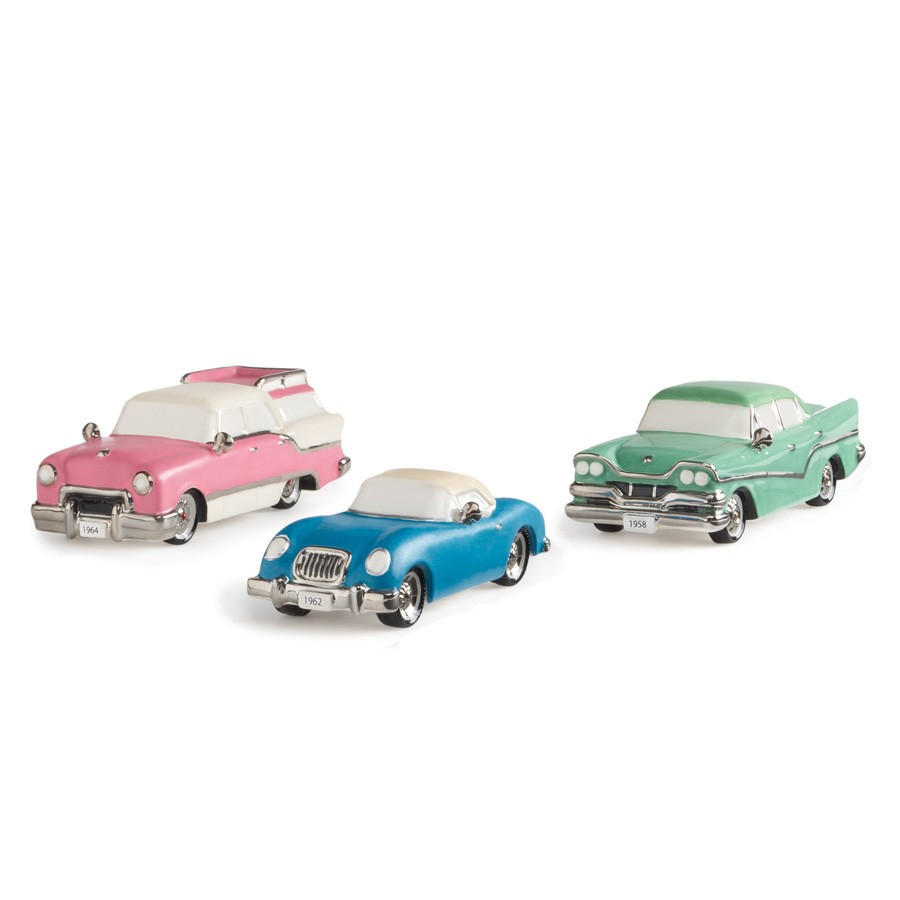 Out For A Drive Figurine 808736