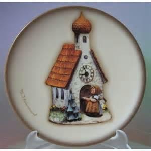 Chapel Time Mini Plate HUM886