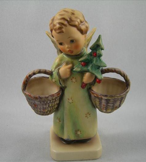 Christmas Angel Figurine HUM301