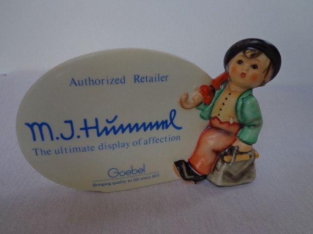 Display Plaque Figurine HUM187