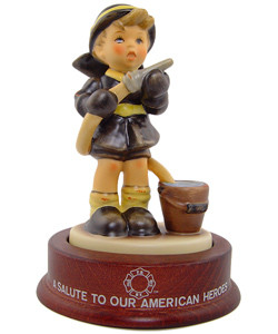 Fire Fighter Figurine HUM2030 #2635 of 7500