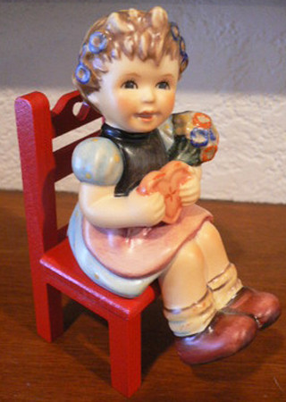 Heart's Delight Figurine HUM698