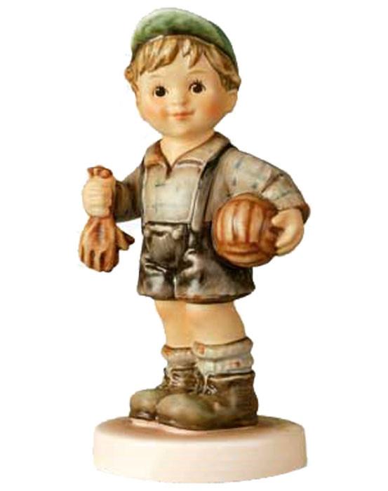 Keeper of the Goal Figurine HUM2212