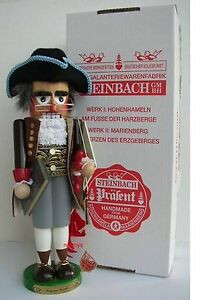 Benjamin Franklin Nutcracker ES635