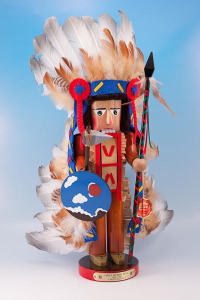 Sitting Bull Nutcracker ES637